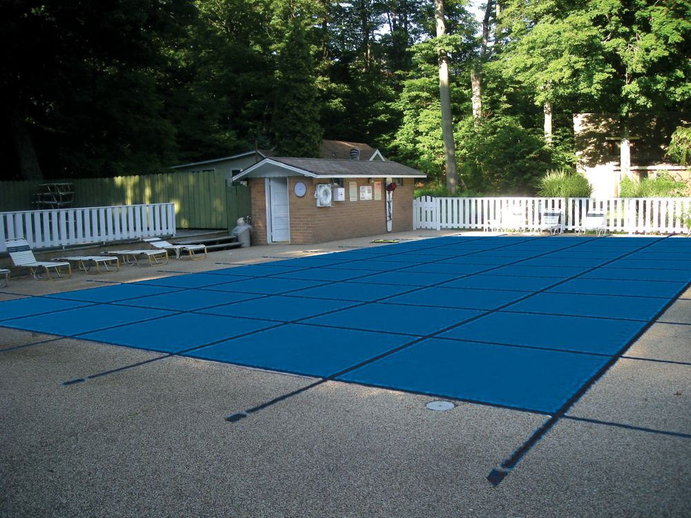Water Warden 16 ft. x 32 ft. Mesh Pool Safety Cover in Blue