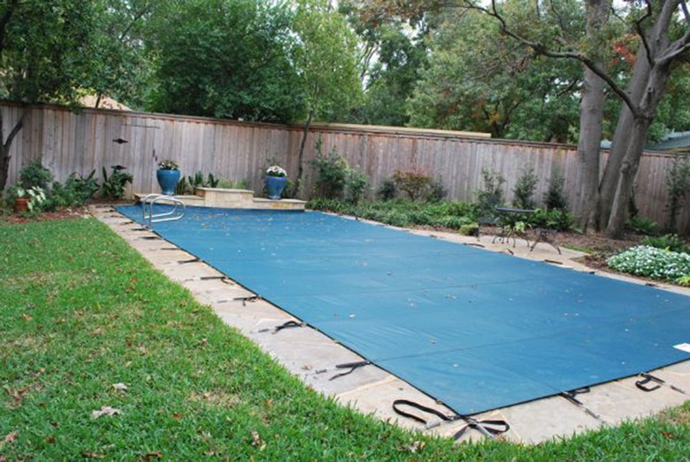 Water Warden 16 ft. x 32 ft. Mesh Pool Safety Cover in Green