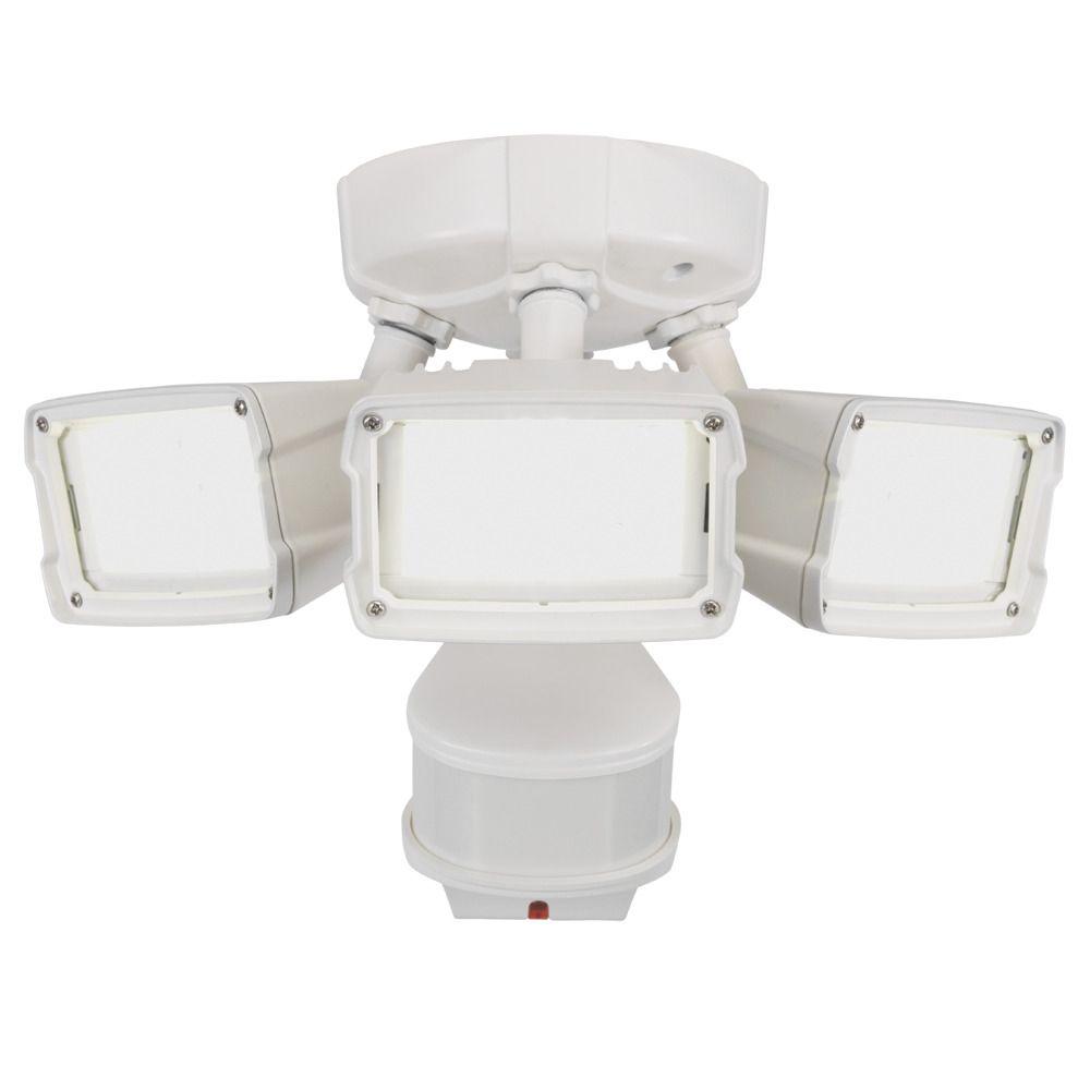270° LED Triple Motion w Doppler Sensor, 2400 Lumens, 5000K, White