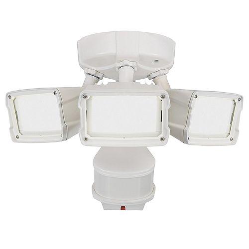 Defiant 180W 270 LED Security Light in White with Triple Motion Doppler Sensor