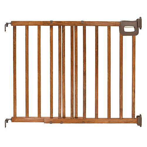 Stylish & Secure Deluxe Wood Stairway Gate