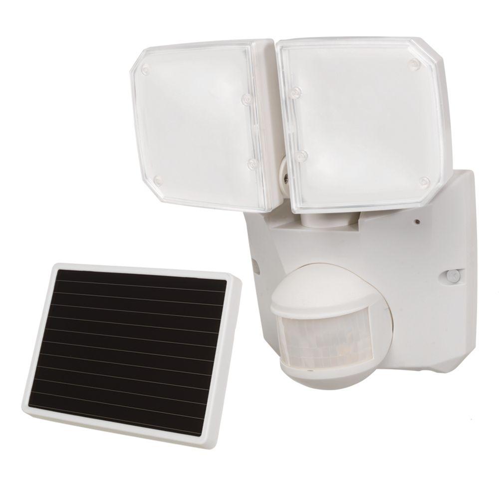 180° Solar LED Twin Motion fixture, 520 Lumens, 5000K, White