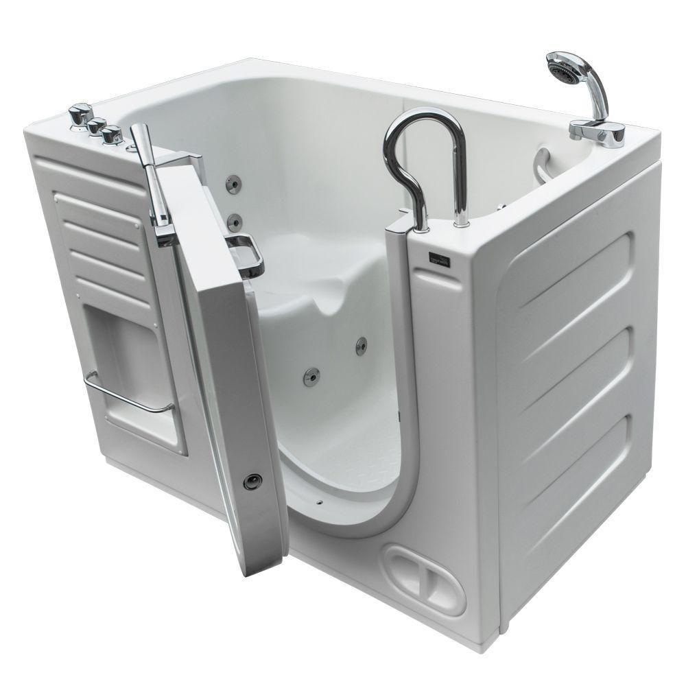 La bain à remous luxeux et chauffé, avec des contrôles thermostat et une ouverture vers l'extérie...
