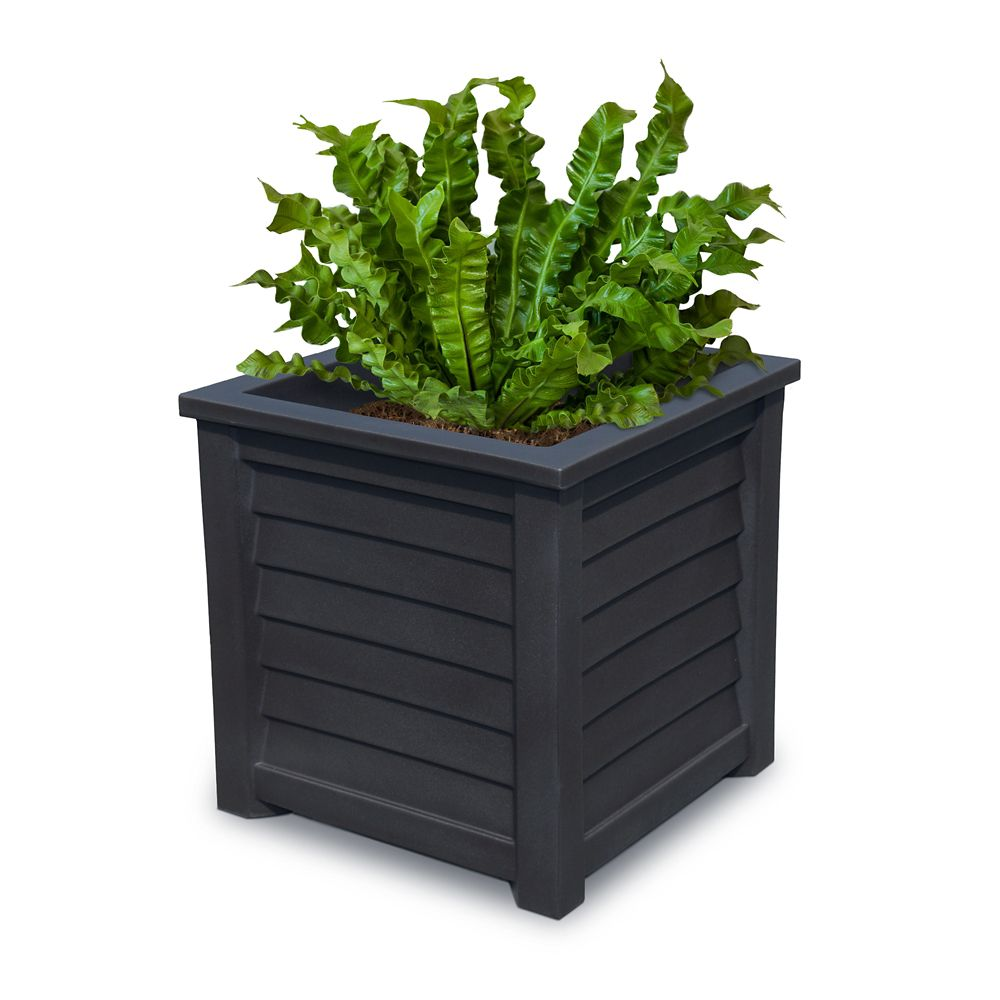Lakeland 20-inch x 20-inch Planter in Black