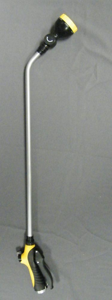 Continental Lance darrosage ergonomique pivotante de 33 po