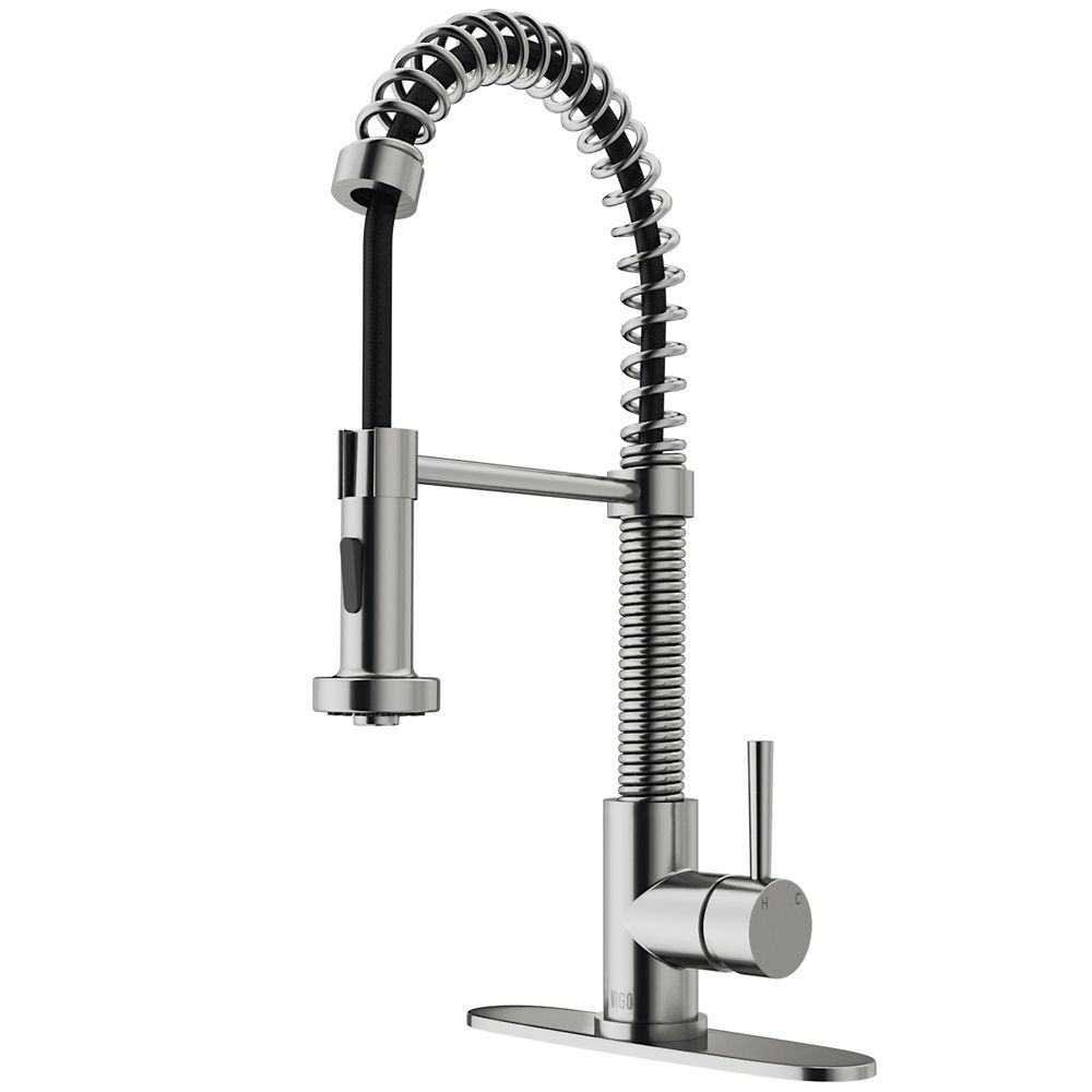 Stainless Steel Pull-Out Spray Kitchen Faucet with Deck Plate