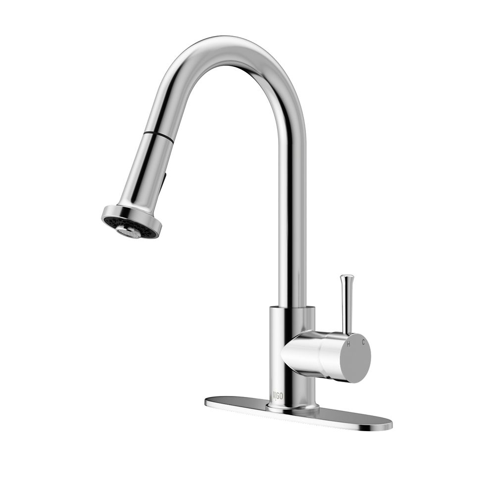 Vigo Chrome Pull-Out Spray Kitchen Faucet with Deck Plate