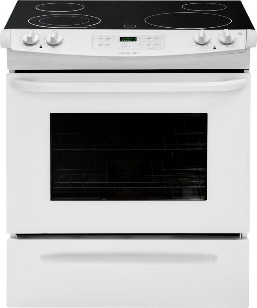 Cuisinière électrique encastrable et autonettoyante, 4,2pi.cube, surface lisse, blanc - CFES3025...