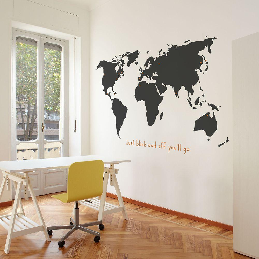 World (anglais)