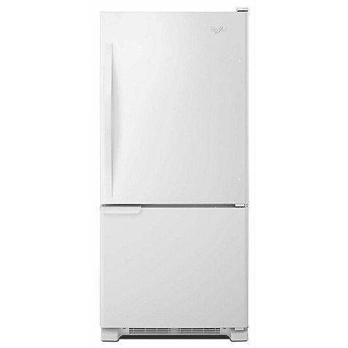 30-inch W 18.7 cu. ft. Bottom Freezer Refrigerator in White - ENERGY STAR®