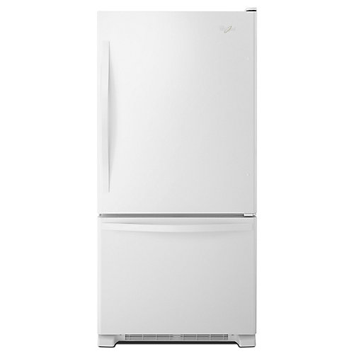 30-inch W 19 cu. ft. Bottom Freezer Refrigerator in White - ENERGY STAR®