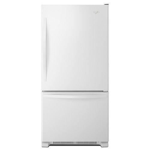 30-inch W 19 cu. ft. Bottom Freezer Refrigerator in White - ENERGY STAR®