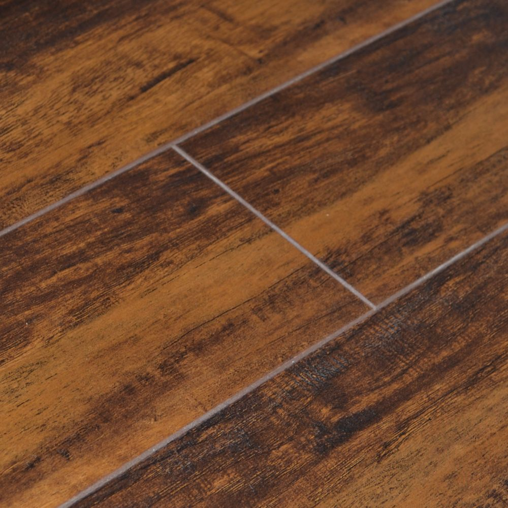 5-inch W Revolution Caramelized Maple Laminate Flooring with Underlay