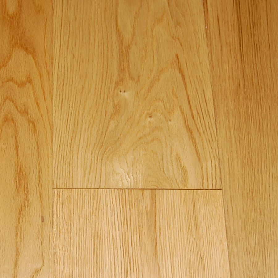 Brushed Natural Oak 14mm Thick x 7 1/2-inch W Engineered Hardwood Flooring (30.37 sq. ft. / case)