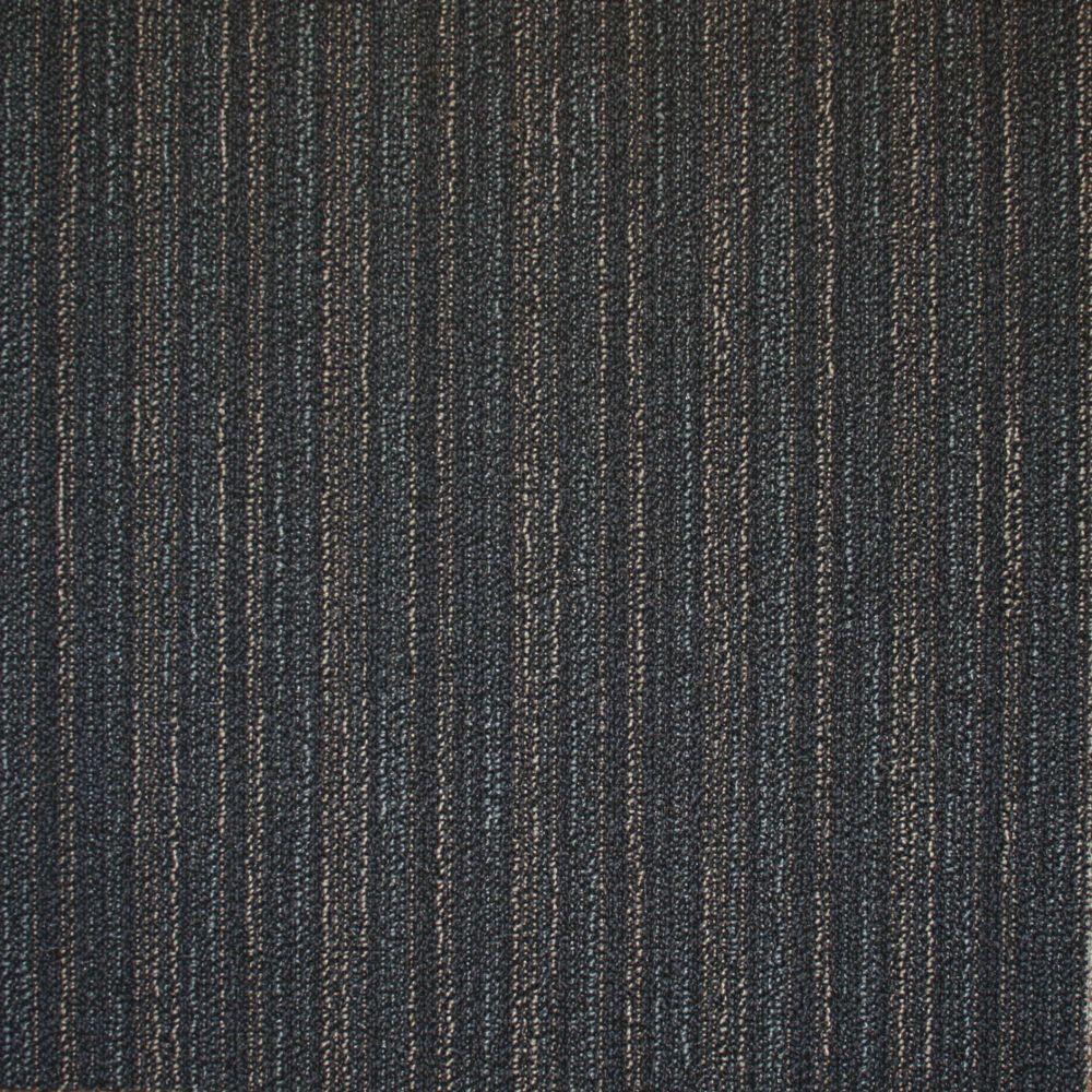 Carreau de tapis Studio - couleur cendre  50cm x 50cm - 54 pi² (5,0168 m²) par boîte