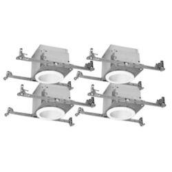 Halo Boîtiers 10 cm homologués pour les plafonds isolés des nouvelles constructions avec déflecteurs métalliques blancs et garnitures de 10 cm pour éclairage direct PAR20 – jeu de 4