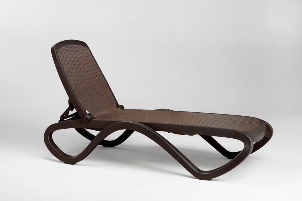 Omega Outdoor Chaise Lounge in Caffe