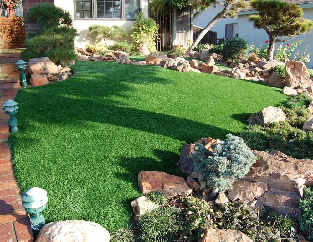 Classic Pro 82 Fescue 7 1/2 ft. x 10 ft. Artificial Grass for Outdoor Landscape