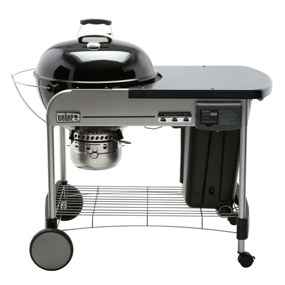 22-inch Performer<sup>®</sup> Deluxe Charcoal BBQ in Black