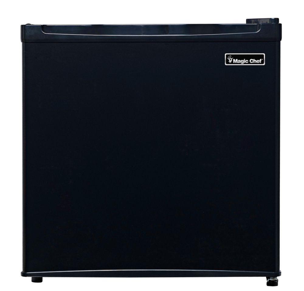 1.6 cu Feet Compact Refrigerator, Black