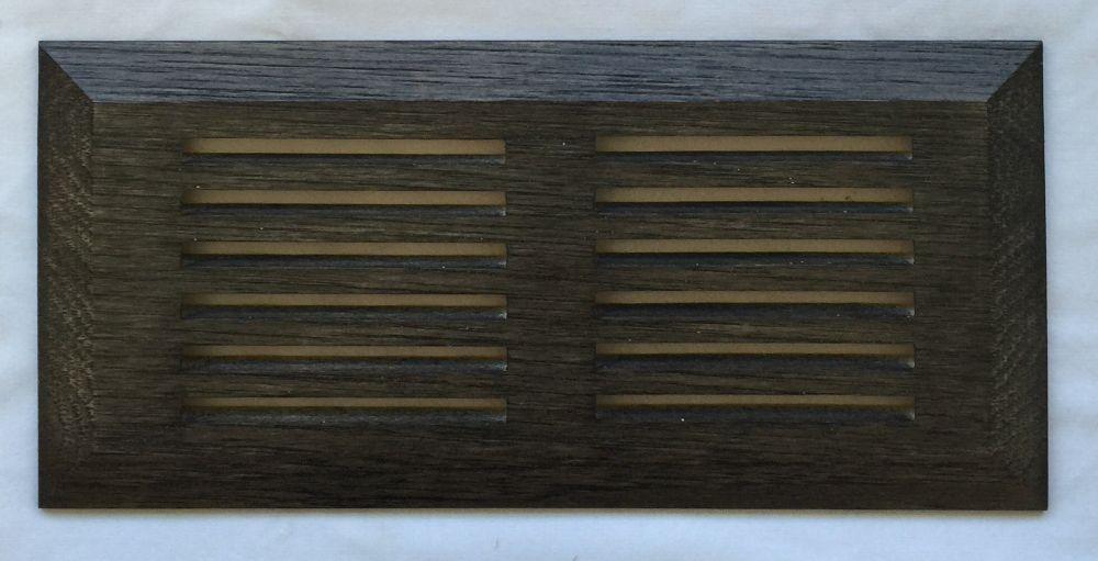 """Grille de Ventillation Surface Hickory Fumé 4""""X 10"""""""