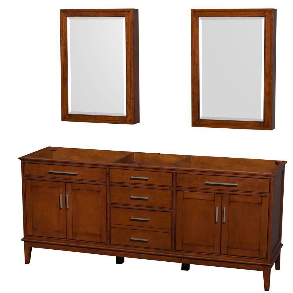Wyndham Collection  Hatton 199cm 78,5po Meuble avec armoire à pharmacie en miroir en châtain clair