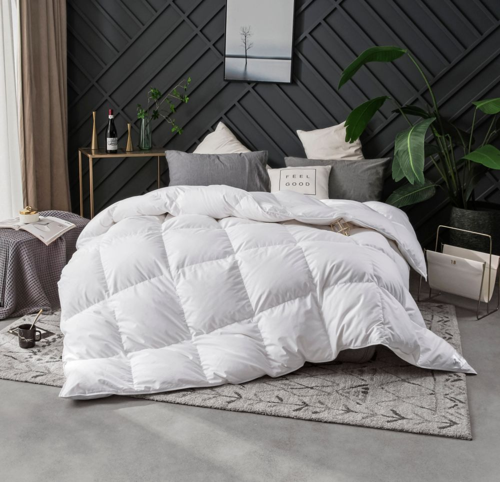 royal elite 400fp couette de duvet doie blanche d levage hutt rien d 39 hiver lit 2 places 32. Black Bedroom Furniture Sets. Home Design Ideas