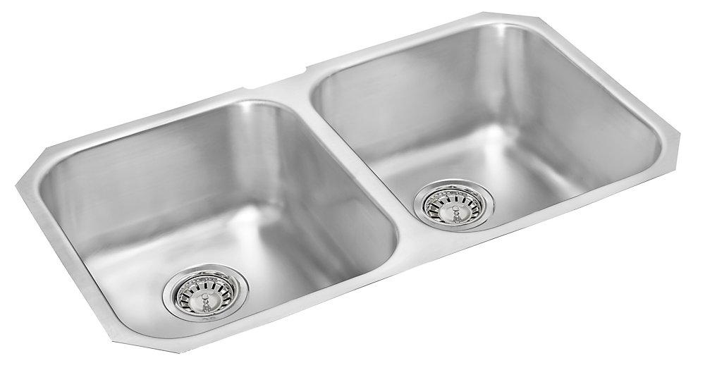 Double Bowl Undermount Sink - 31 In. x 18 In. x 7 In. Deep