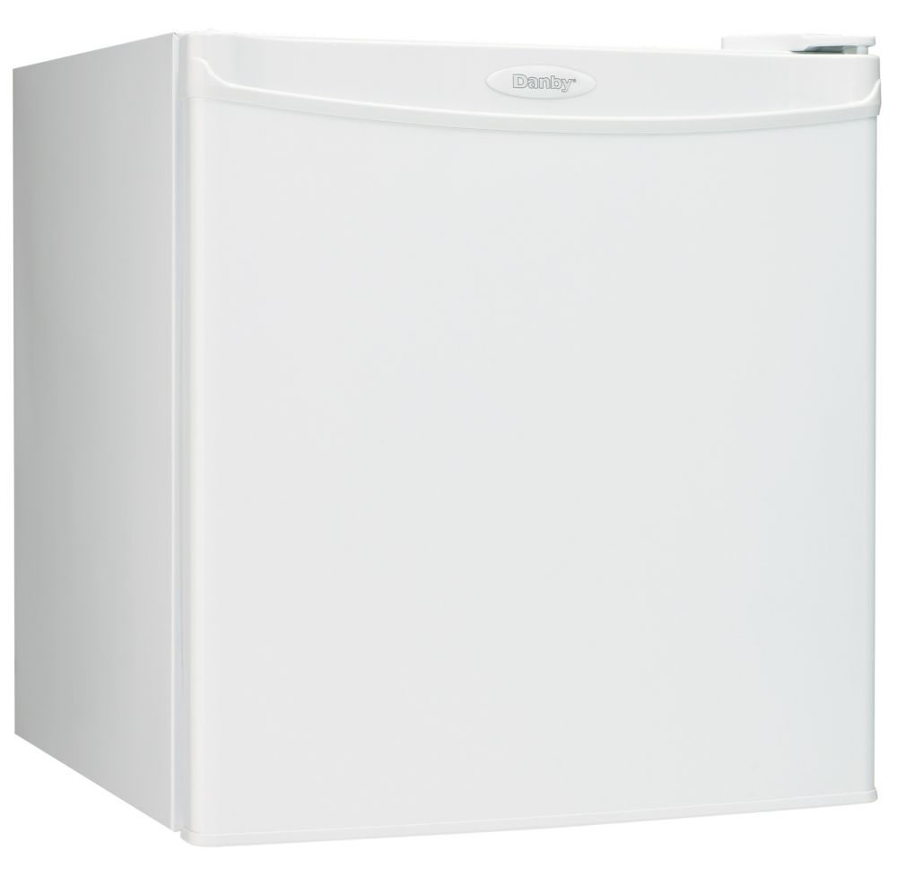 1.6 cu. ft. Compact Fridge in White (Energy Star<sup>®</sup>)