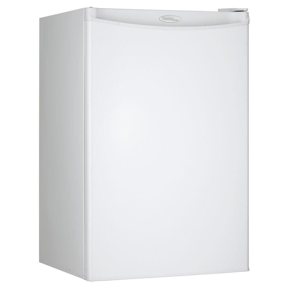 Designer 4.4 cu. ft. Compact Fridge in White (Energy Star<sup>®</sup>)