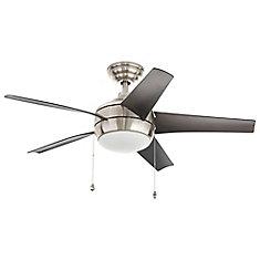 Ventilateur de plafond d'intérieur Windward, nickel brossé, 44po, dispositif d'éclairage