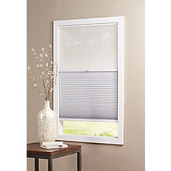 Home Decorators Collection Alvéolaire sans cordon pour le jour et la nuit voilage et blanc ombré 1,52 m L x 1,21 m H