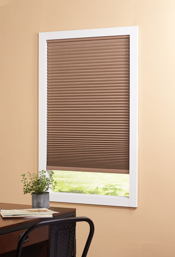 Foncé Espresso HDC 36X72 Blackout sans fil Cellular Shade SoftCel