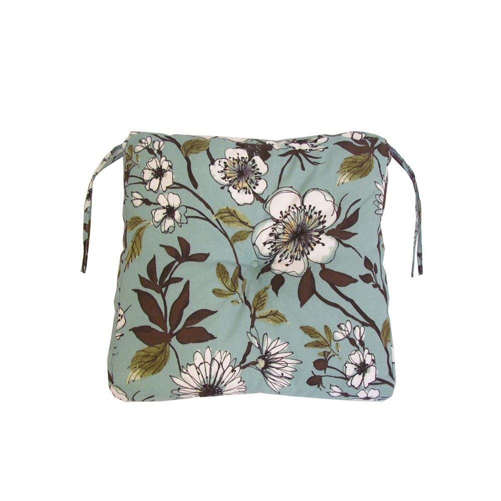 Bozanto Inc. Outdoor Seat Cushion in Green Floral