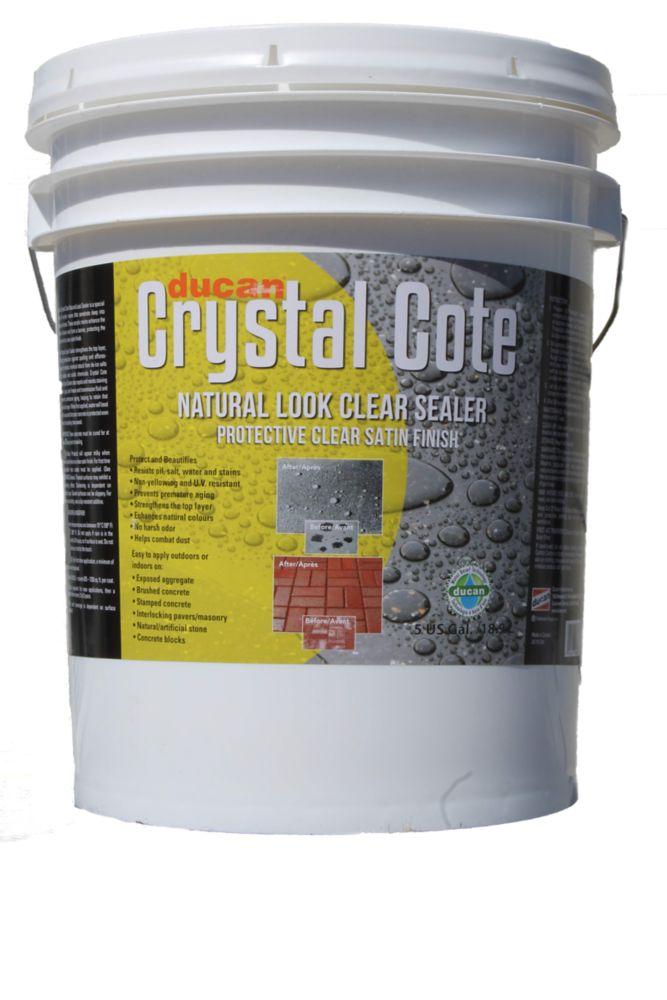 Scellant à base d'eau pour entrée de béton  et terrasse procurant  un fini mat. Peut-être utilisé...