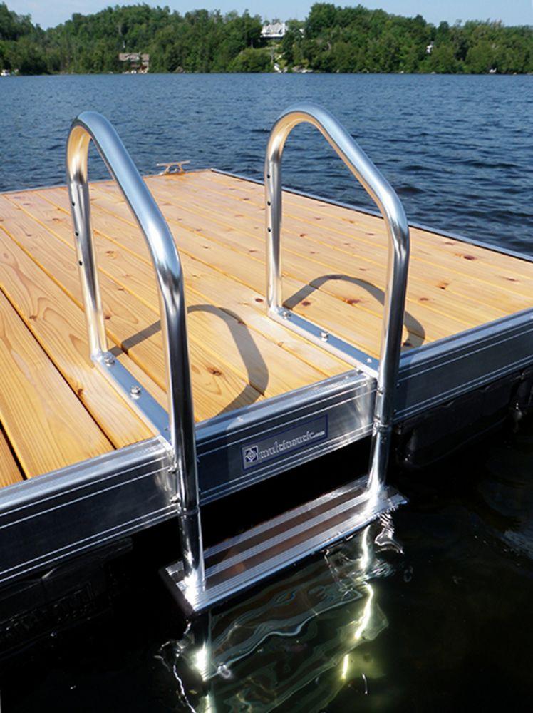 Échelle de quai de luxe en aluminium, polie et anodisée, 4 marches