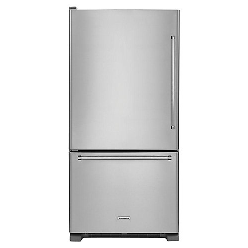 33-inch W 22 cu. ft. Bottom Freezer Refrigerator in Stainless Steel - ENERGY STAR®