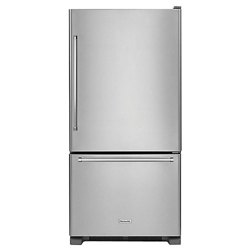 33-inch W 22.1 cu. ft. Bottom Freezer Refrigerator in Stainless Steel - ENERGY STAR®