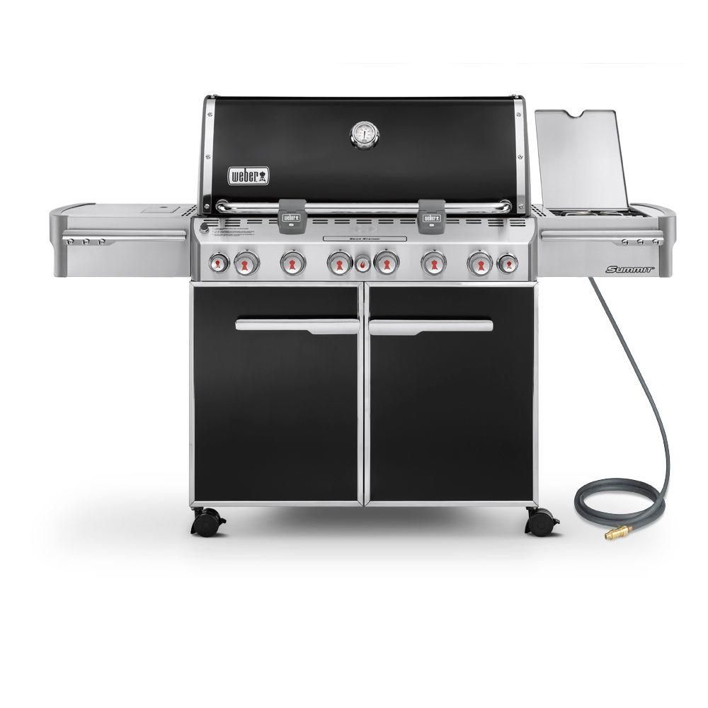 Summit<sup>®</sup> E-670� Natural Gas BBQ in Black