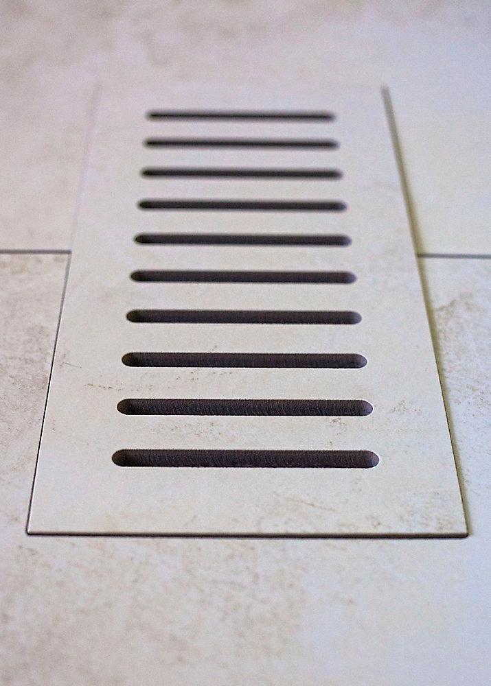 """Les couvercles céramiques de ventilation fait pour correspondre  Addison Place Gallery Crème. Taille 5"""" x 11"""""""