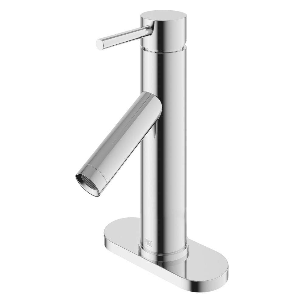 Single-Lever Bathroom Faucet with Deck Plate in Chrome Finish