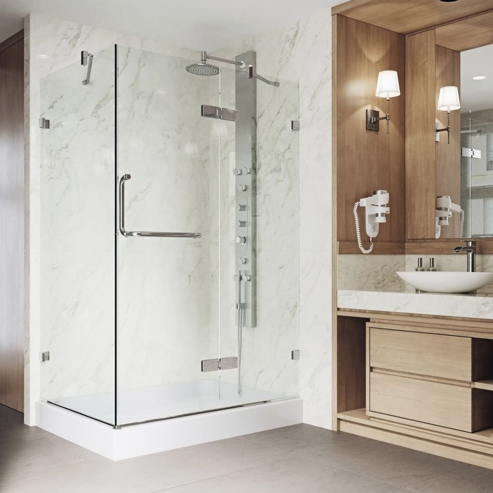 Paroi de douche sans cadre transparente et chromée, base droite 36 pouces x 48 pouces