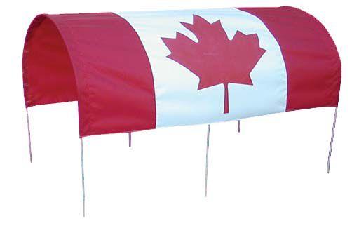 Toît complet ave drapeau du Canada