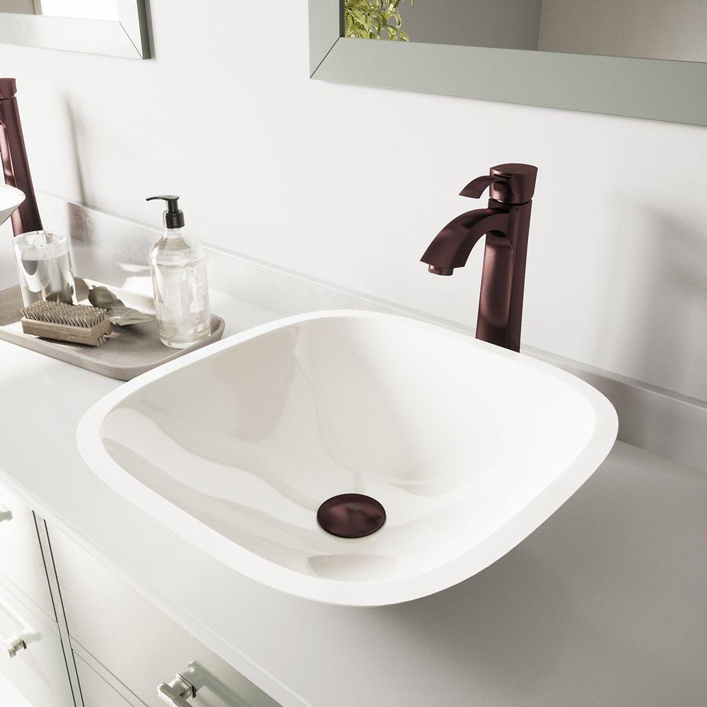 Lavabo white Phoenix Stone carré en bronze huilé et robinet Otis
