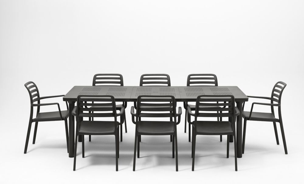Libeccio Extendable Outdoor Dining Table With 8 Costa Armchairs in Charcoal
