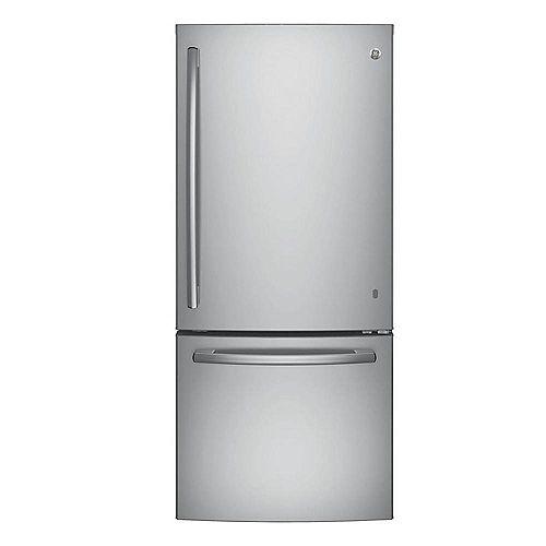 30-inch W   20.6 cu. ft. Bottom Freezer Refrigerator in Stainless Steel - ENERGY STAR®