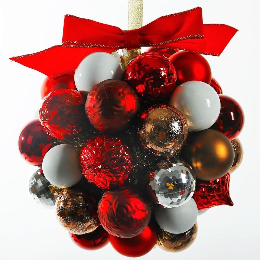 10 Inch Winter Tidings Ornament Kissing Ball