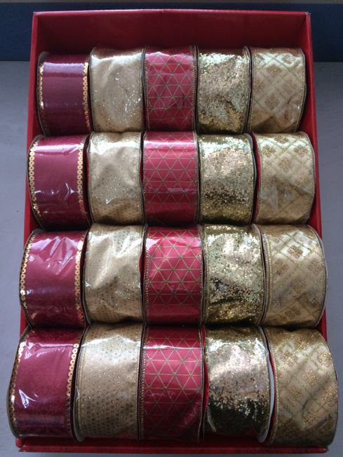Assortiment de tissus traditionnel et tendance.
