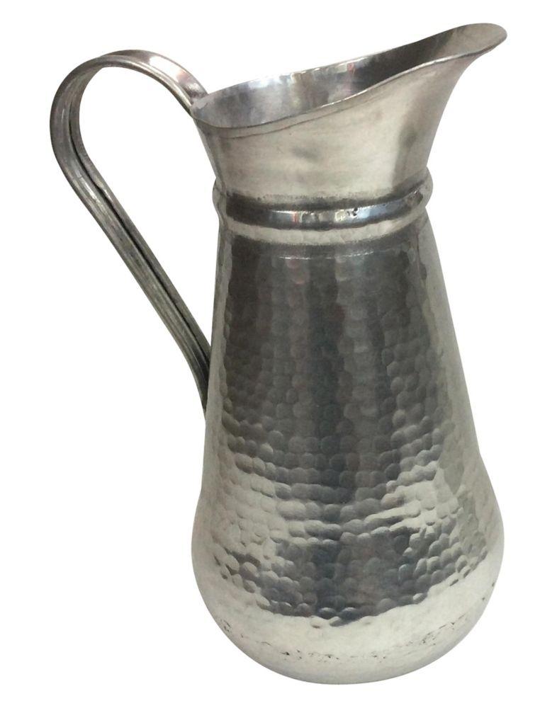 Novra Vase
