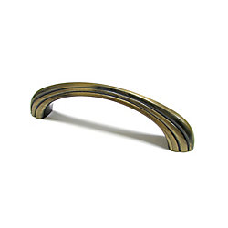 Richelieu Traditional Metal Pull 3 3/4 in (96 mm) CtoC - Antique English  - Longueuil Collection